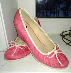 pantofi din piele p.40