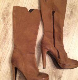Natural high boots