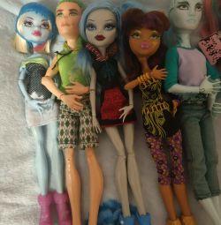 7 dolls monster high. Original.