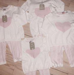 Costumele firmei Tu noi, de la 1 lună la 1 an