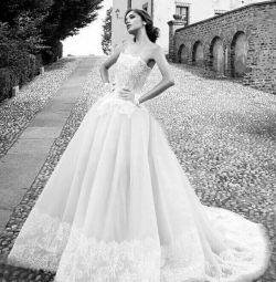 Свадебное платье пышное кружевное Alessandra Rinau