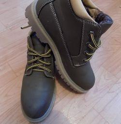 yeni ayakkabılar 37p