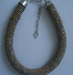 New necklace / beads / beaded string Stradivarius