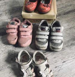Обувь ( кроссовки, сандали)