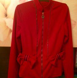 Пиджак красный на замке 42-44р.
