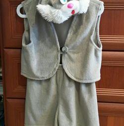 Bir erkek için tavşan kostümü