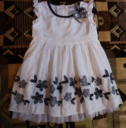 Dress for 2-3 years.