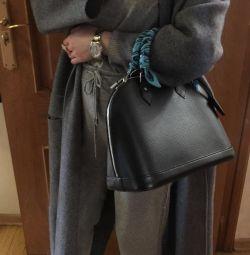 Кашемировое пальто новое песец