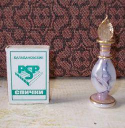 Sticlă de parfum