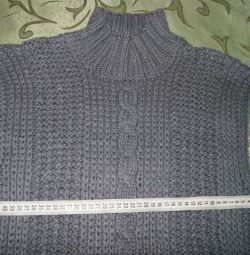 The vest is man's knitted