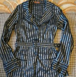 Women's blouse with a belt size 44-46