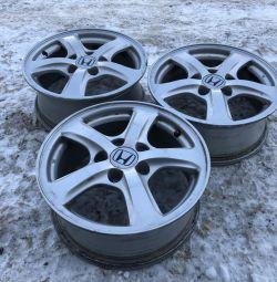 3 alloy wheels R15 5x114.3