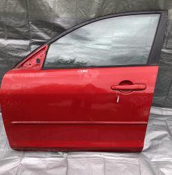 Двері передня ліва Мазда 3 седан кузов БК