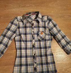 Gömlek 42 beden iki kere giyilir