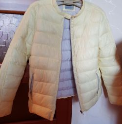 Down jacket for a girl of 10-12 years