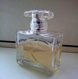 Parfüm suyu