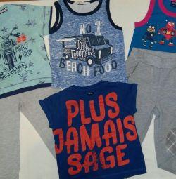 Îmbrăcăminte pentru un băiat de 2-3 ani