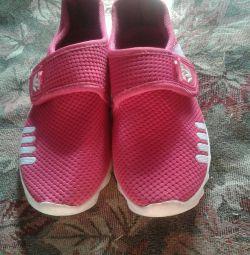 Spor ayakkabı 23cm