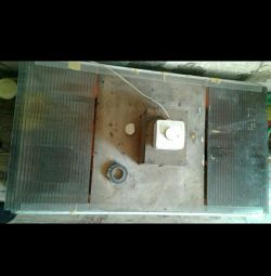 Used brooder with infrared lamp and heating