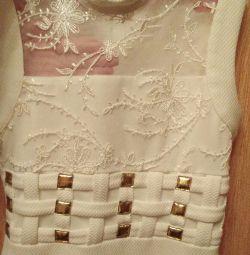 Платье нарядное на 8лет