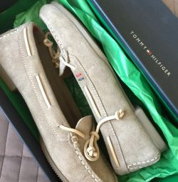 Tommy Hilfiger Loafers