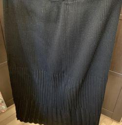 Φούστα 62-64 μεγέθους
