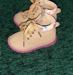 Shoes 24 size.