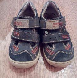 Sandals p 24