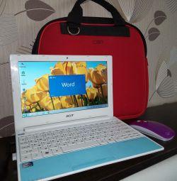 Acer Aspire One Happy-2DQb2b Netbook