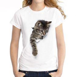 Charming Women's T-shirt with 3D cat print.