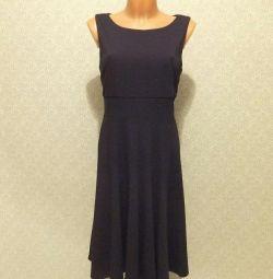 Jessica Howard μαύρο φόρεμα