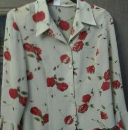 Блузка жіноча.