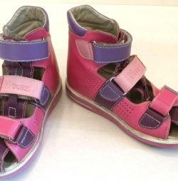 Sandale ortopedice pentru fată, mărime 29