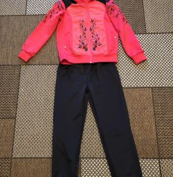 Sports suit new on the girl