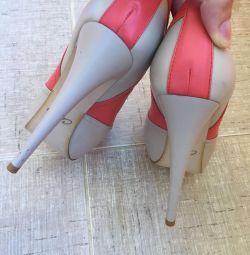 Pantofi calipso nou