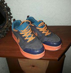 Sneakers rollers