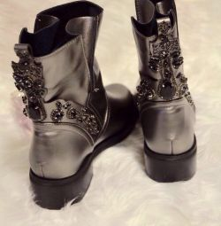 Новые ботинки !!! р. 35-39