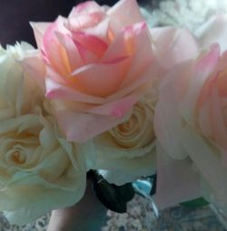 Τεχνητά λουλούδια