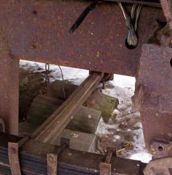 Axles for tractor carts