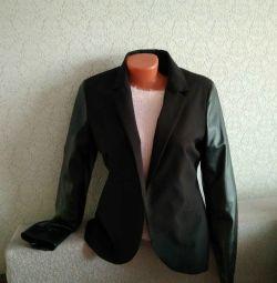 Пиджак кожаные рукава 42-44