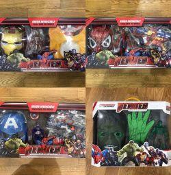 Spiderman, Hulk, Iron Man Cap America