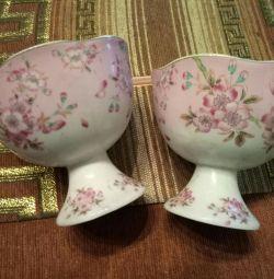 Ice-cream bowl for ice cream, jam. Little vase