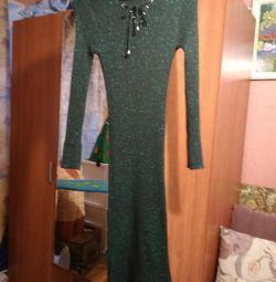 Платье вязанное нарядное