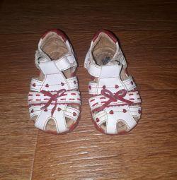 Sandals 21 p.