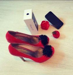 Туфли в подарок Айфон 5S