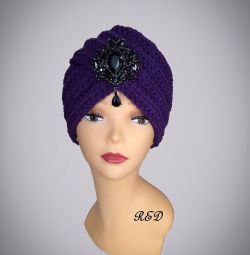 "Turban with brooch ""Violet"""