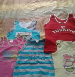 Tricouri pentru o fată