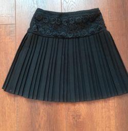Fustă neagră pentru înălțime 120-122 cm