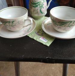 Сливочник и две чайные пары