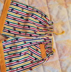 Shorts și salopete de vară